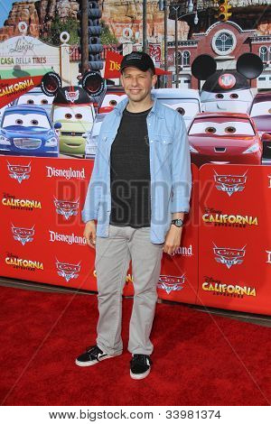 ANAHEIM - JUN 13:  Jon Cryer arrives at the