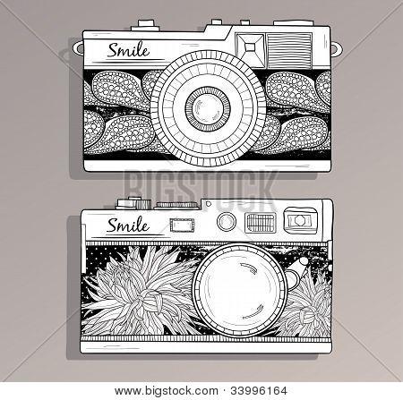 Retro Photo Cameras Set. Vector Illustration. Vintage Cameras With Flowers.