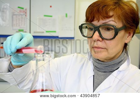 Mature Woman As A Research Assistant In The Laboratory