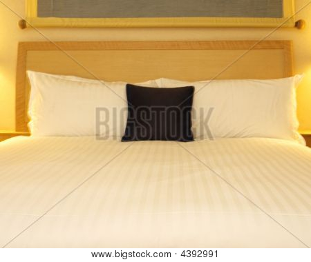 Luxury Linen And Bed