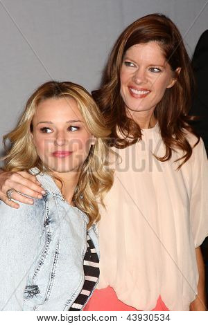 LOS ANGELES - MAR 26:  Hunter King, Michelle Stafford attends the 40th Anniversary of the Young and the Restless Celebration at the CBS Television City on March 26, 2013 in Los Angeles, CA