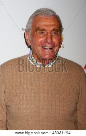LOS ANGELES - 26 de MAR: Jerry Douglas participa do 40º aniversário dos jovens e o agitado Cele