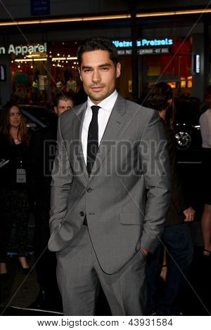 LOS ANGELES - MAR 28:  D.J. Cotrona arrives at the