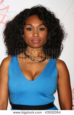 LOS ANGELES - MAR 26:  Angell Conwell attends the 40th Anniversary of the Young and the Restless Celebration at the CBS Television City on March 26, 2013 in Los Angeles, CA