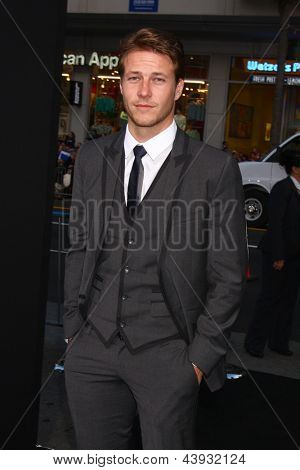 LOS ANGELES - MAR 28:  Luke Bracey arrives at the