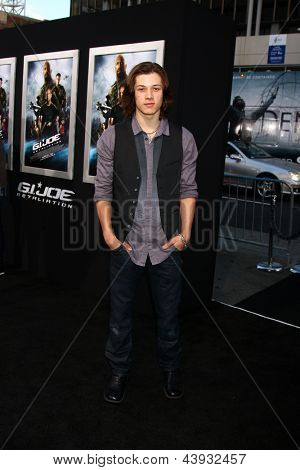 LOS ANGELES - MAR 28:  Leo Howard arrives at the