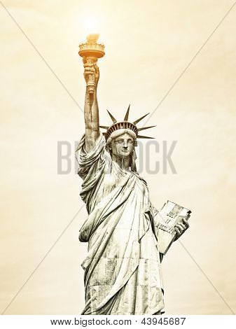 Vintage Image Of Liberty Statue In New York