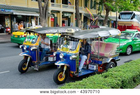 Different Taxis In Bangkok