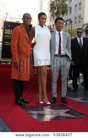 LOS ANGELES - NOV 13:  Raphael Saadiq, Jennifer Hudson, Jacob Latimore at the Jennifer Hudson Hollywood Walk of Fame Star Ceremony at W Hollywood Hotel on November 13, 2013 in Los Angeles, CA
