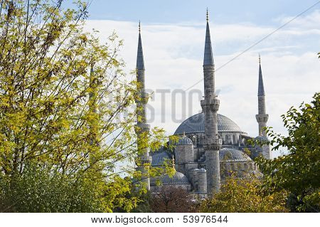Vie Wof The Blue Mosque In Istanbul