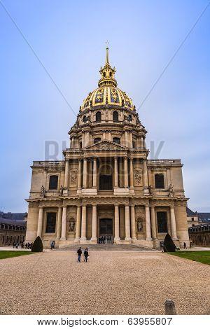 Chapel Of Saint Louis Des Invalides  In Paris.