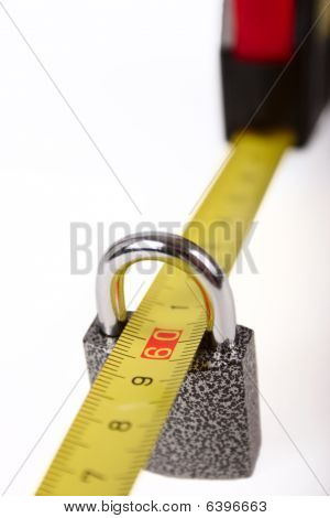 Measuring Roulette In The Lock