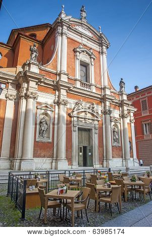 cafe culture modena italy
