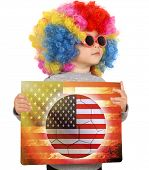 pic of wig  - Little child with clown wig support USA team - JPG