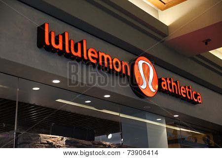 Lululemon Store Exterior And Sign At The Ala Moana Center