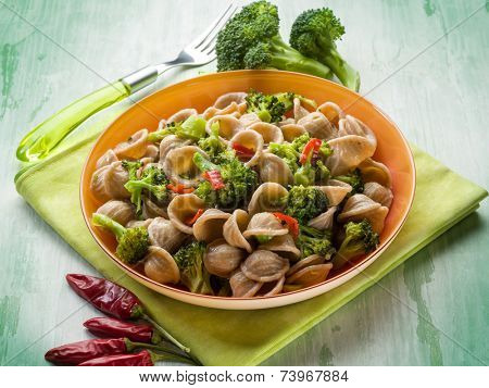 integral orecchiette with broccoli