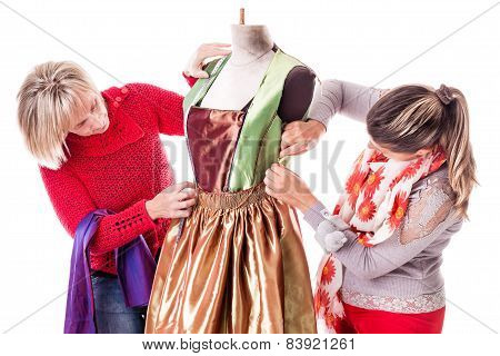 Working Dressmakers