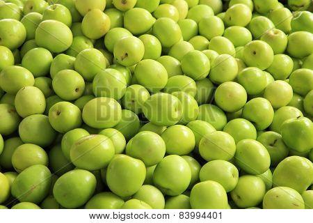 green dates