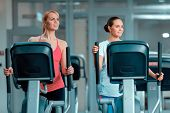 picture of elliptical  - Mother and daughter training - JPG