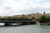 Постер, плакат: Branly view on the Seine