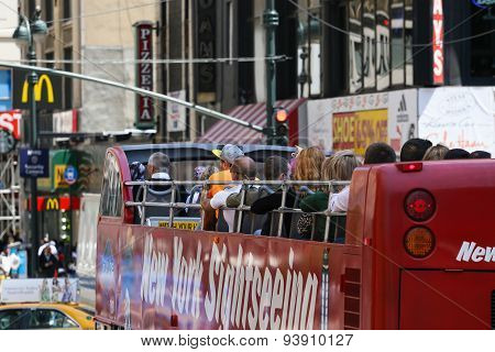 Sightseeing Bus in New York
