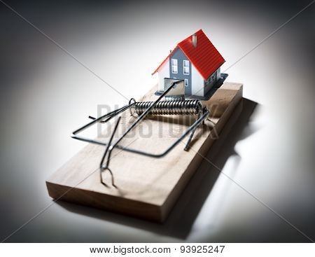 trap estate - risk of mortgage on house