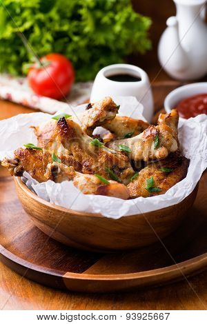 Fried Chicken Wings With Sauces