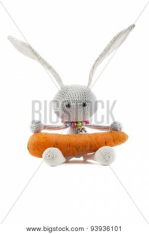 Knitted Gray Rabbit With Carrot