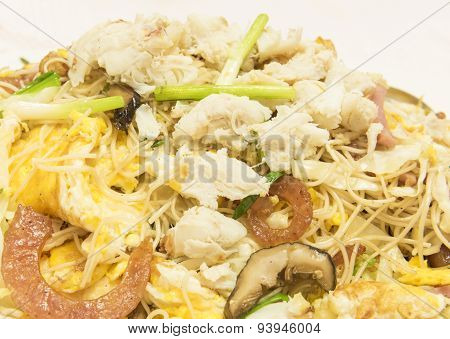 Stir-fried Rice Vermicelli / Food