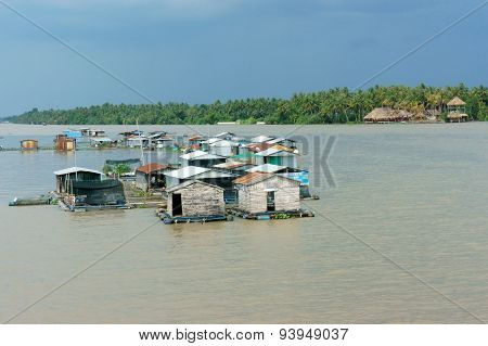 Floating Residence, Floating House, Ben Tre River