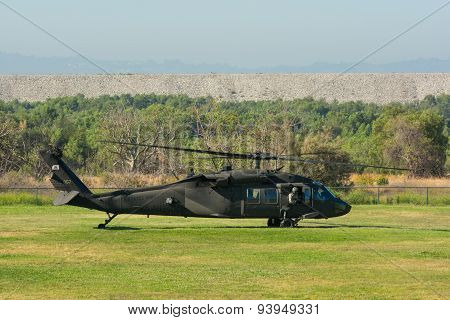 U.s. Army Sikorsky Uh-60 Black Hawk Helicopter