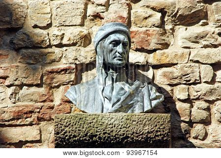 Bust Of Dante In An Alley In Florence - Tuscany - Italy