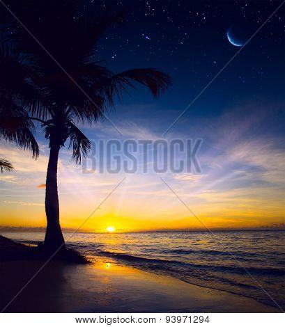 Art Beautiful Colorful Sunrise Over Sea