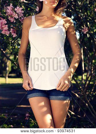 Girl wearing blank tshirt