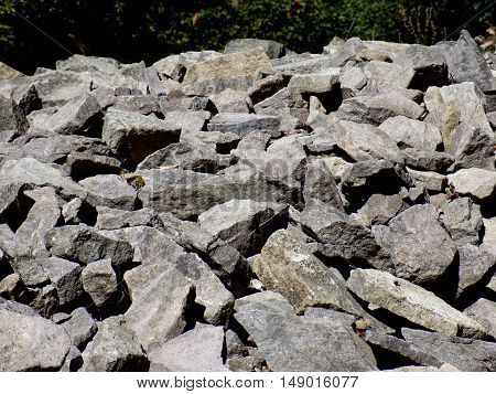 Many rocks, pile of rocks in nature