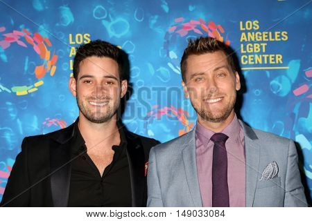 LOS ANGELES - SEP 24:  Michael Turchin, Lance Bass at the Los Angeles LGBT Center 47th Anniversary Gala Vanguard Awards at the Pacific Design Center on September 24, 2016 in West Hollywood, CA