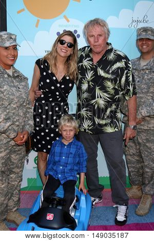 LOS ANGELES - SEP 24:  Soldier, Steffanie Sampson, Luke Sampson Busey, Gary Busey at the Red Carpet Safety Awareness Event at the Sony Picture Studios on September 24, 2016 in Culver City, CA