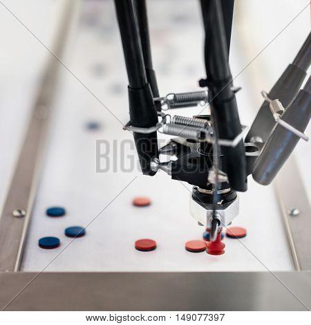 Robotic Handling Machine For Pharmaceutical Industry