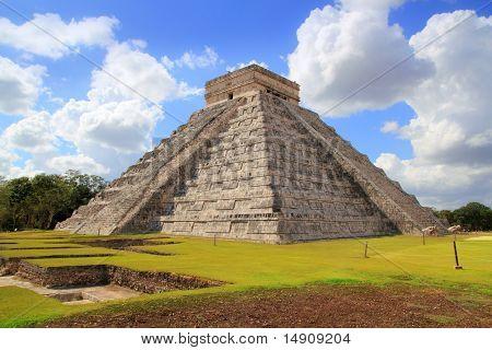 Chichen Itza Kukulcan Mayan Pyramid El Castillo