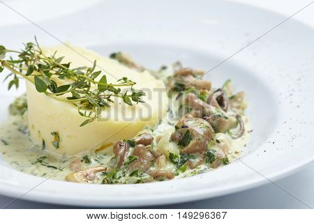 mashed potato with mushrooms