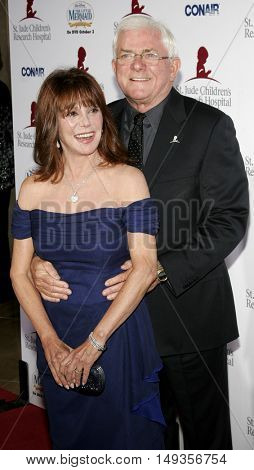 Marlo Thomas and Phil Donahue at the 'Runway For Life' Benefiting St. Jude Children's Research Hospital held at the  Beverly Hilton in Beverly Hills, USA on September 15, 2006.