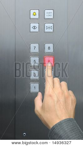Kaufmann Handpresse 6 Etage im Aufzug