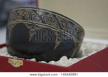 Stone-set Bowl Handmade In Thailand