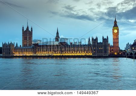 Night photo of Houses of Parliament with Big Ben, Westminster Palace, London, England, United Kingdom