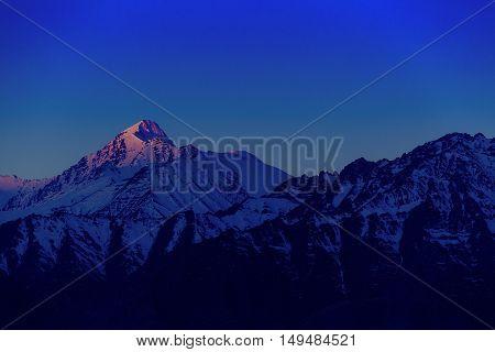 Himalayan Mountain Range During Sunrise At Morning Time.himalayan Mountain Background, Leh-ladakh,ja