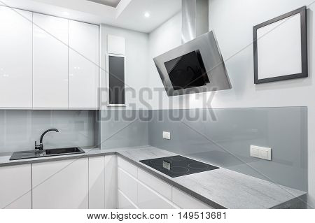 Solid, Functional And Beautiful Kitchen