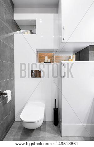 Modern Bathroom In White Idea