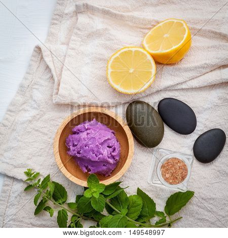 Alternative Skin Care Lavender Scrubs With Natural Ingredients Lemon Slice ,peppermint And Aromatic