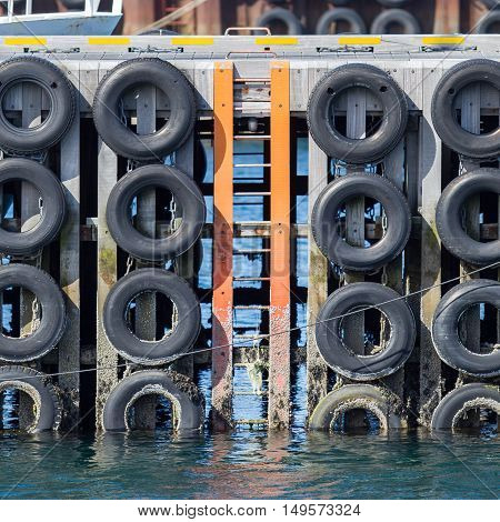 Mooring Wall With Car Tires