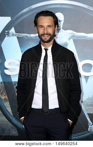 LOS ANGELES - SEP 28:  Rodrigo Santoro at the HBO's